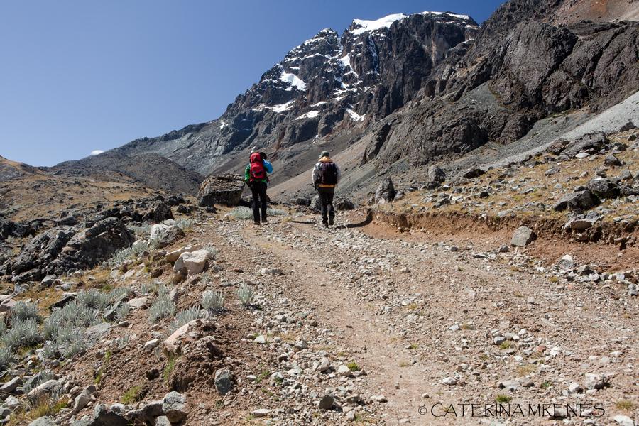Matthias and Nestor close to Pass 7 Tapush Punta (4.770m)