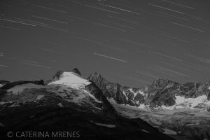 exercising with star trails